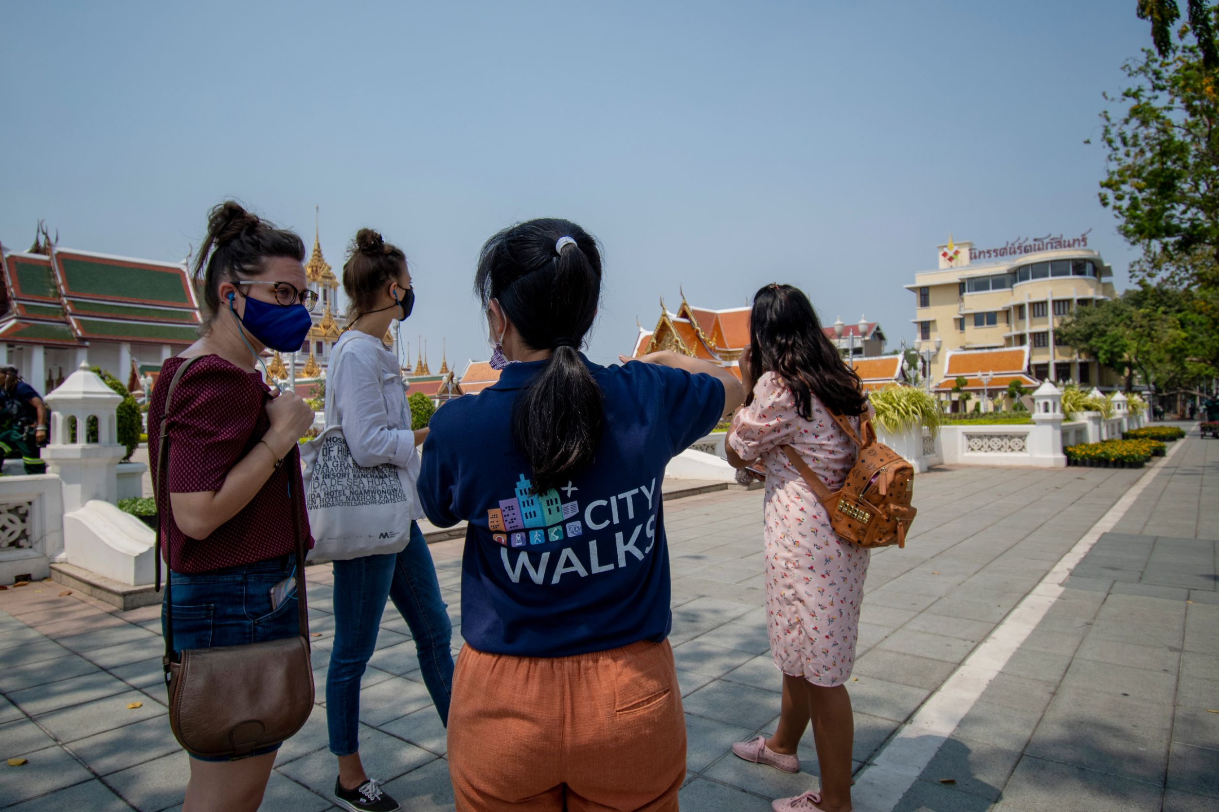Guided walking tour in Bangkok city centre